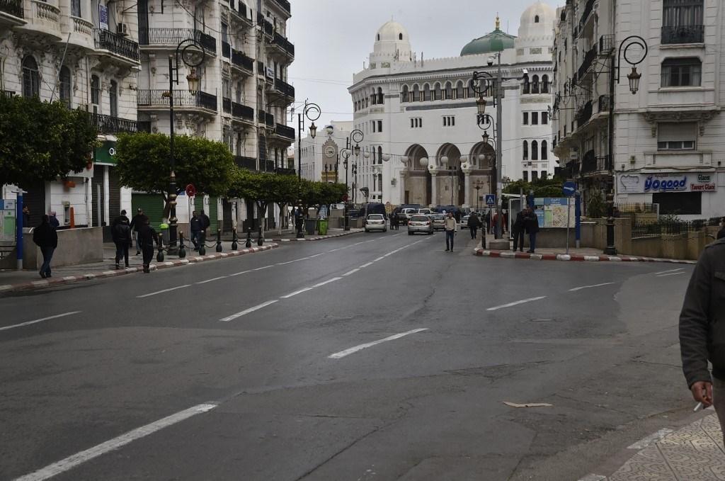"""الجزائر: علاج مرضى كورونا بالـ """"كلوروكين"""" يعطي نتائج إيجابية"""