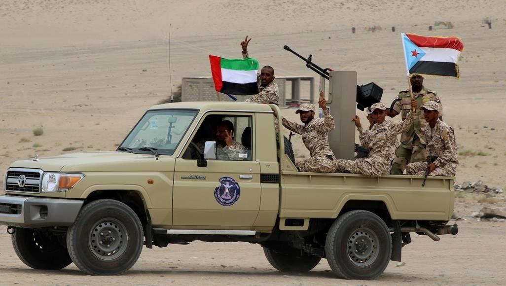 """مصادر للميادين: اشتباكات عنيفة بين قوات """"هادي"""" وقوات """"الانتقالي"""" جنوب اليمن"""