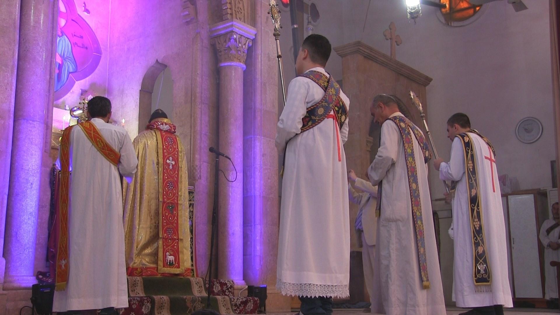 عيد قيامة بلا مصلين .. كورونا يفرض نفسه على أجواء عيد الفصح في الحسكة