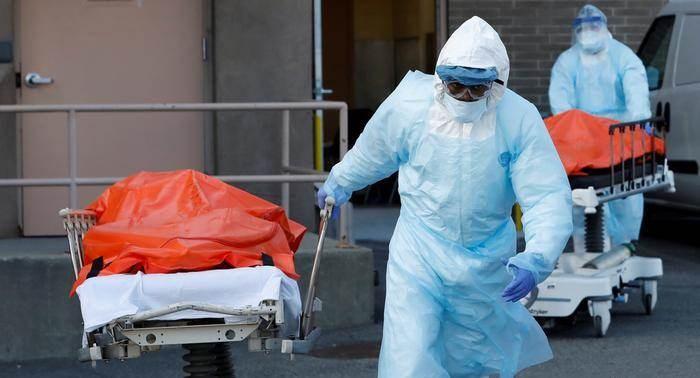 كورونا حول العالم: ارتفاع عدد الإصابات مقابل انخفاض في نسبة الوفيات