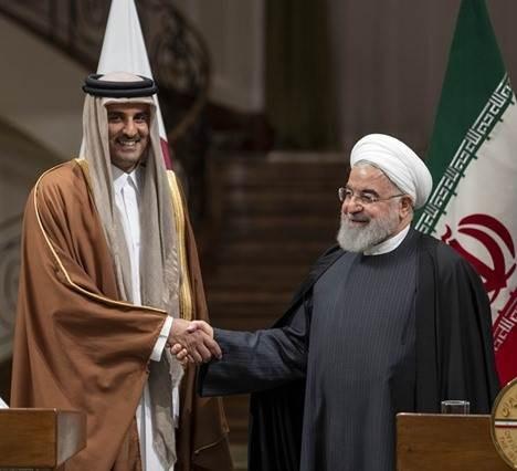 أمير قطر لروحاني: على واشنطن رفع العقوبات عن إيران