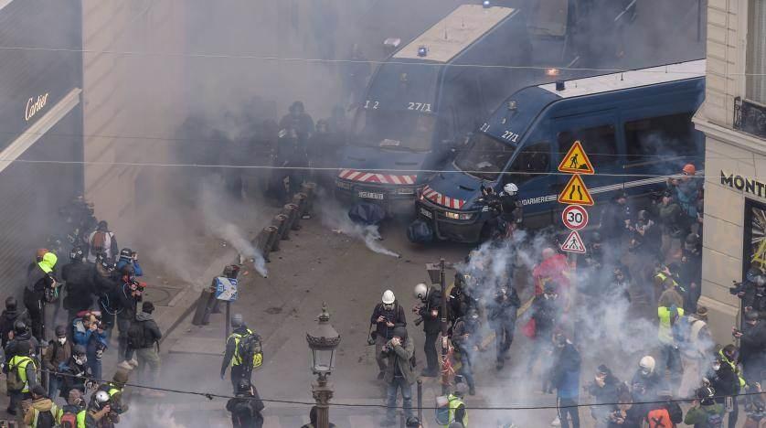 تجدد الإشتباكات في مناطق بضواحي شمال باريس