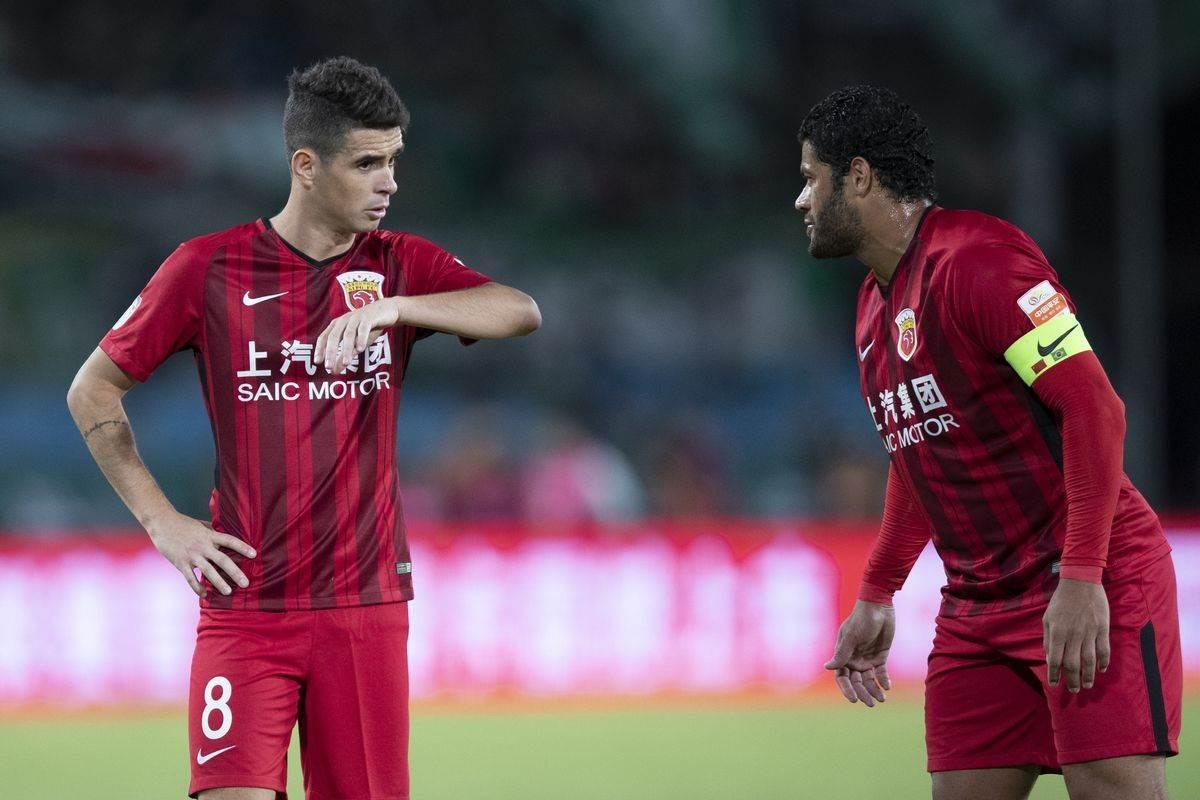 الإتحاد الصيني: يدرس تخفيض رواتب اللاعبين!