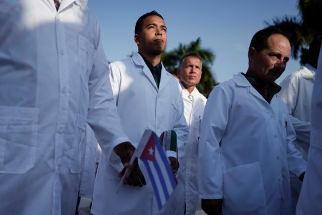 رغم الحصار الأميركي... أطباء كوبا يساعدون العالم