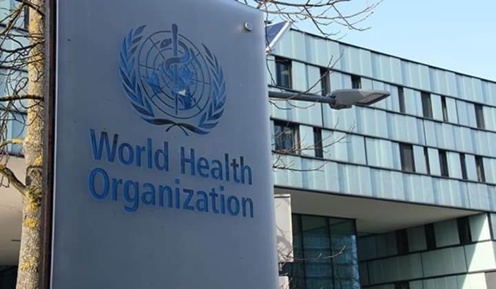 """""""الصحة العالمية"""" تدق ناقوس الخطر.. موجات جديدة للجائحة"""