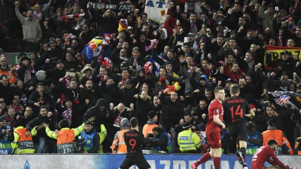 رئيس بلدية ليفربول يطالب بالتحقيق بشأن إقامة مباراة ليفربول وأتلتيكو!