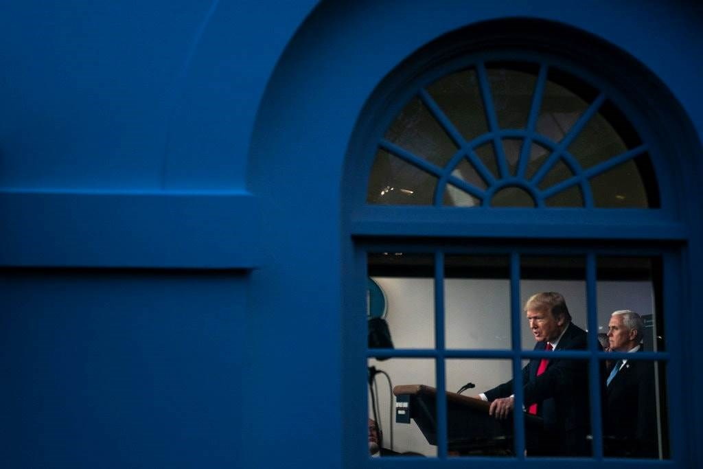 """""""نيويورك تايمز"""": الأوروبيون فقدوا الإيمان بالقيادة الأميركية للعالم"""