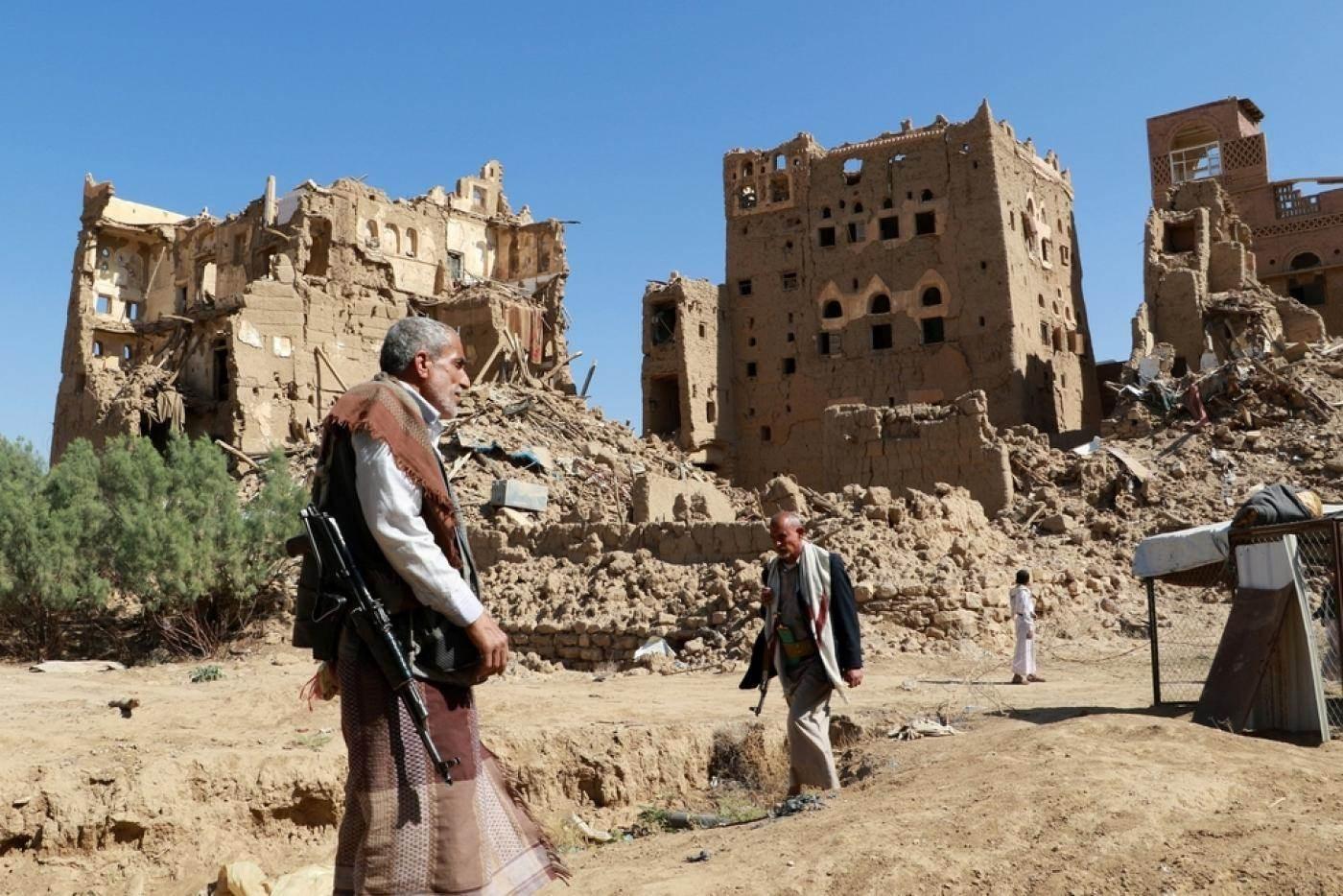 """""""التحالف"""" يعلن تمديد وقف إطلاق النار في اليمن.. والحوثي: ننتظر أفعالاً لا أقوالاً"""