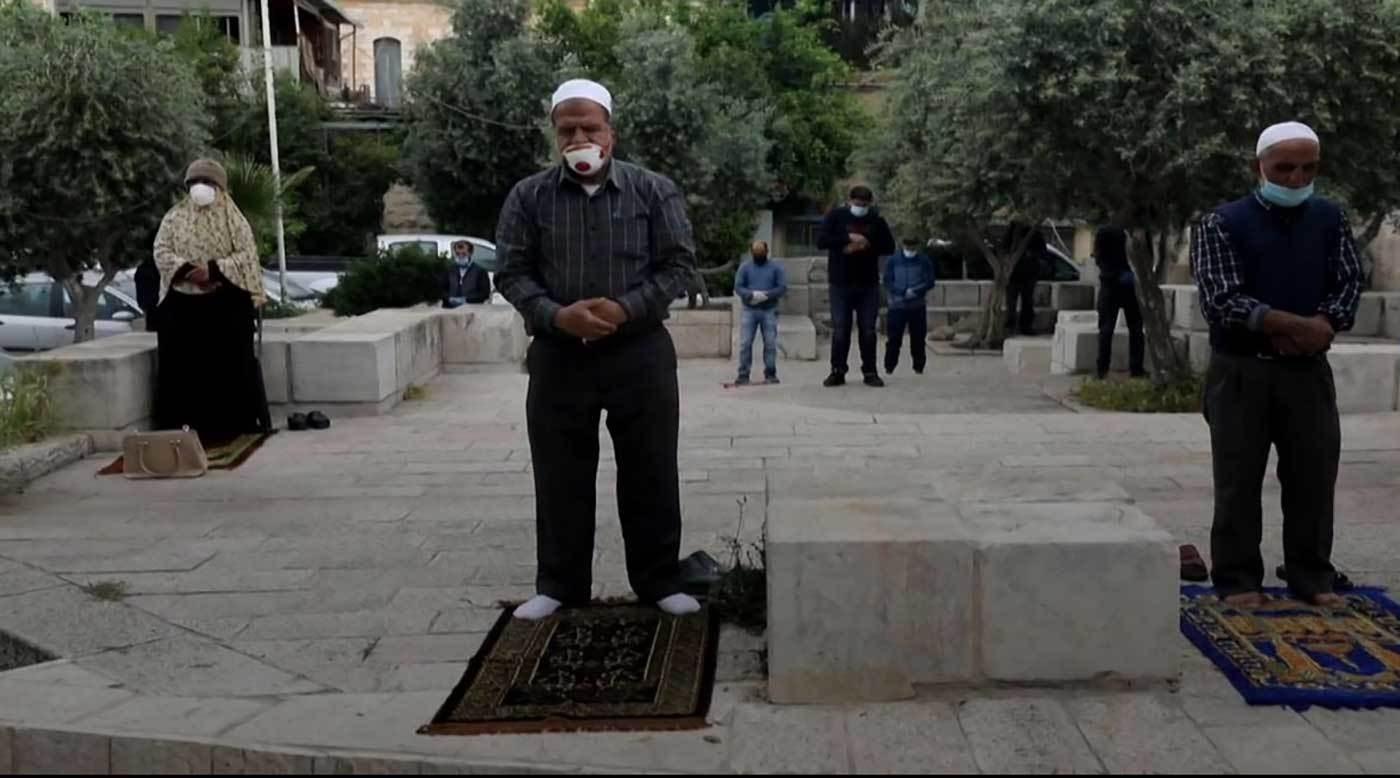 في أول جمعة من رمضان.. أقدس الأماكن الإسلامية خالية من المصلين