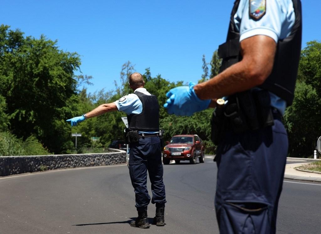الشرطة الفرنسيّة تضبط 140 ألف كمامة مخصصة للبيع غير القانوني