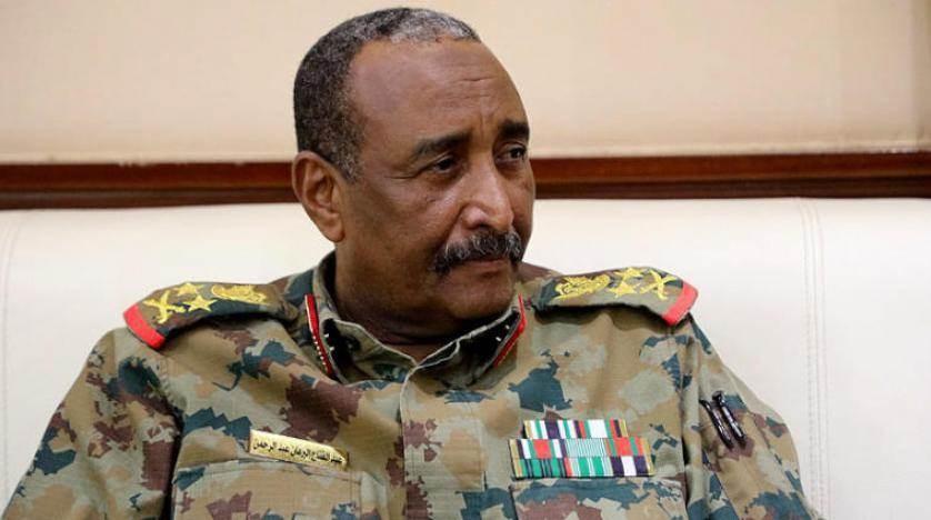 """البرهان: """"المؤتمر الوطني"""" المنحل يسعى للتغلغل في القوات المسلحة وإعاقة الثورة"""