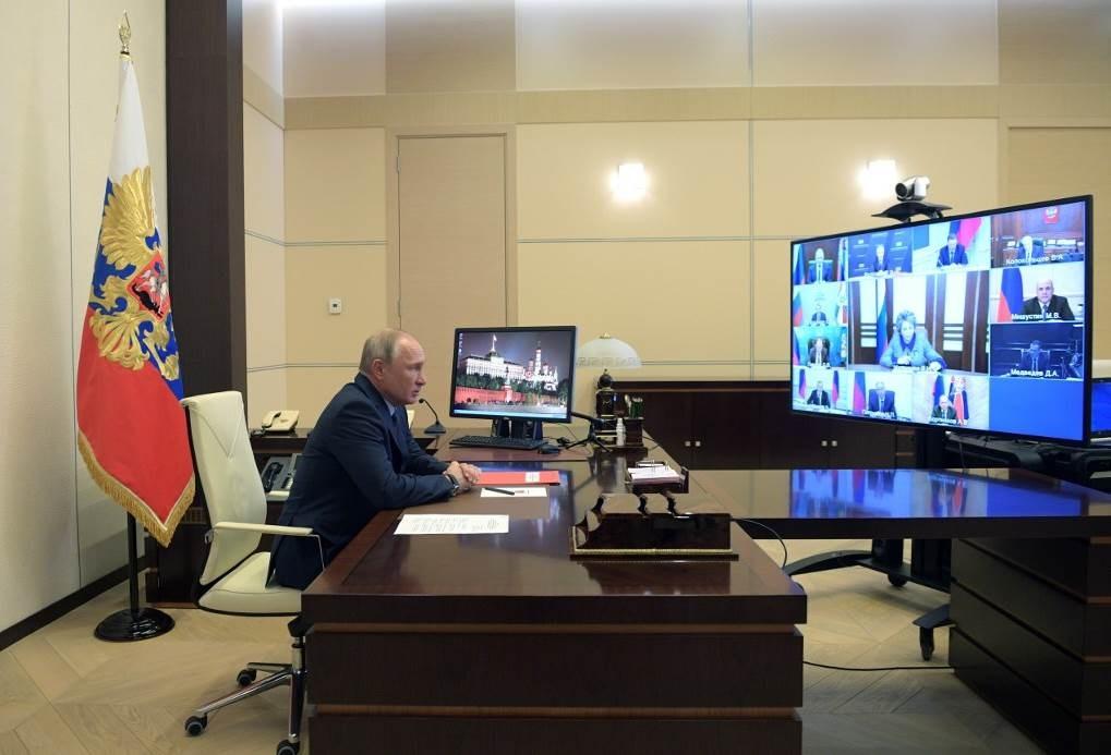 بوتين: مكافحة كورونا قد تضعف الانتباه إلى تهديدات أخرى