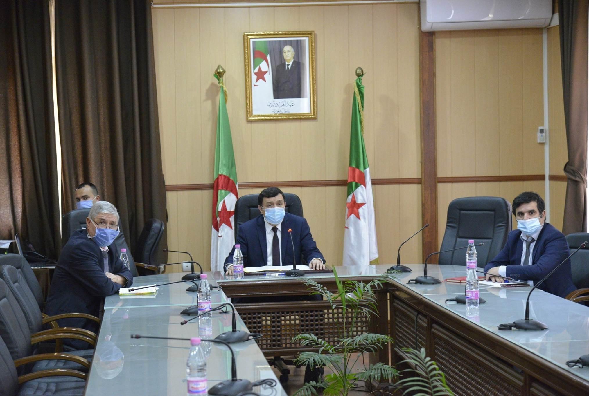 """وزير التربية الجزائري: لا وجود لـ """"سنة دراسية بيضاء"""""""
