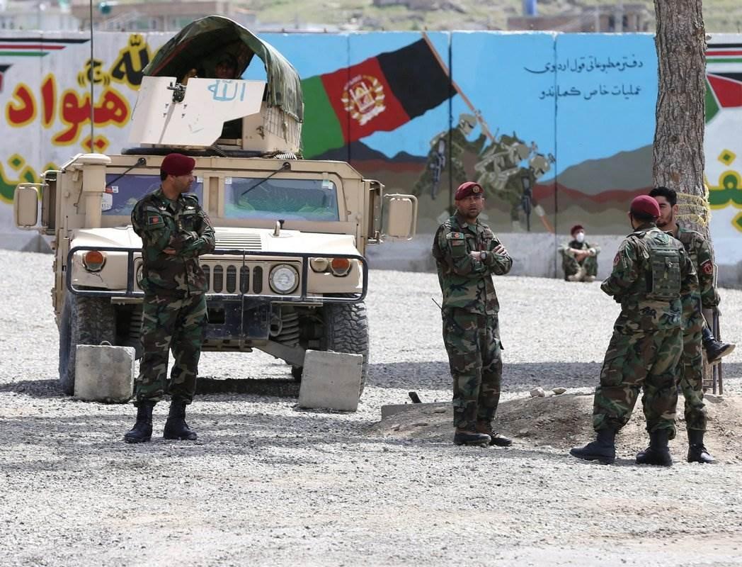 الداخلية الأفغانية: انتحاري يفجّر نفسه بين مدنيين بالقرب من كابول