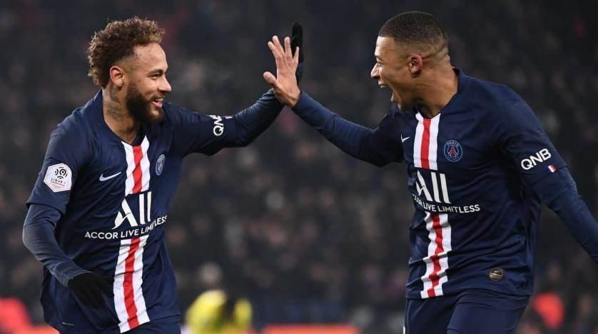 مشاكل في باريس سان جيرمان بين الإدارة واللاعبين!