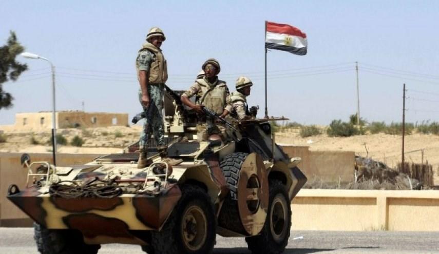 مقتل وإصابة 10 عسكريين مصريين في انفجار استهدف مركبتهم