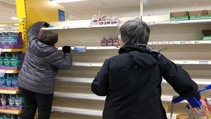 الفيروس التالي يدق أبواب الغرب.. أزمة غذاء