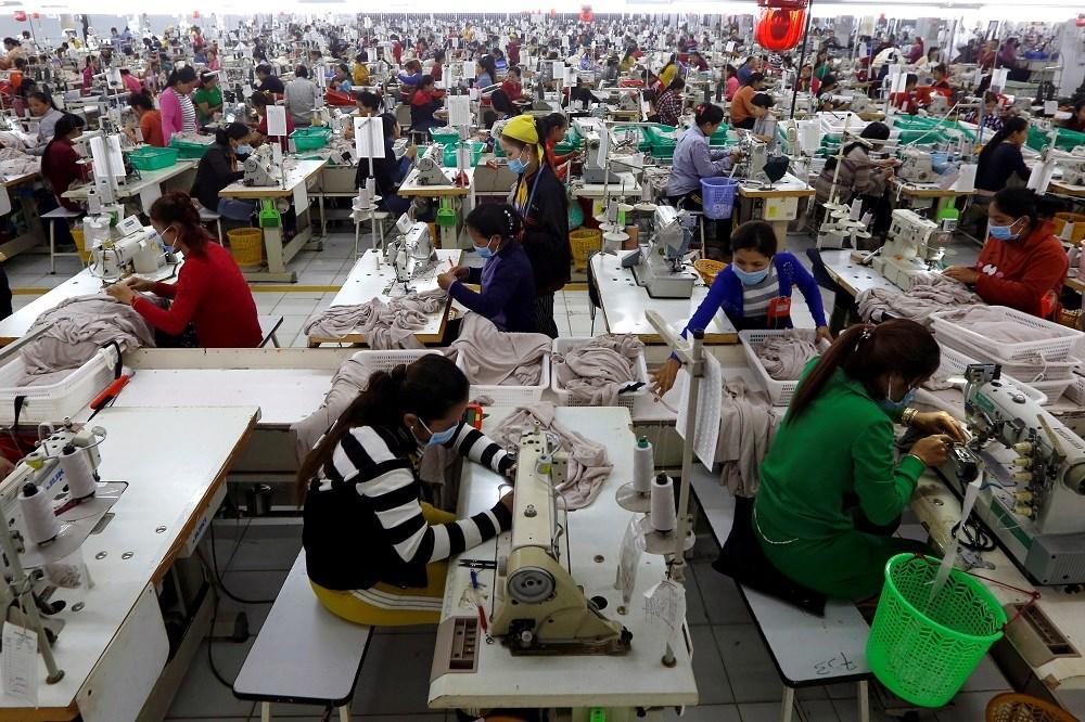 """""""العمل الدولية"""" تحذر: كورونا يهدد معيشة نحو 1,25 مليار عامل"""