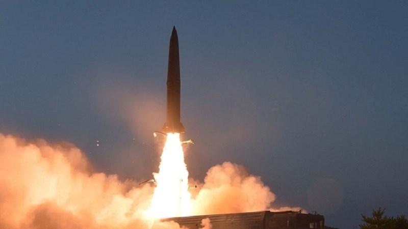 """سريع: مصرع العشرات من قوات """"التحالف"""" بصاروخ باليستي في أبين"""