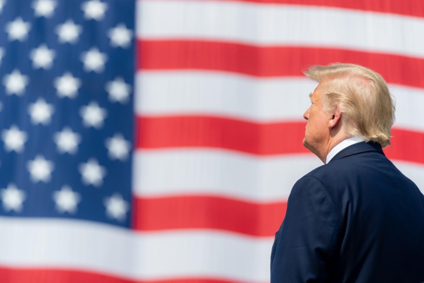 """ترامب يقيل مسؤول ميزانية الطوارئ ويهدد بتعليق التمويل الأميركي لـ""""الصحة العالمية"""""""