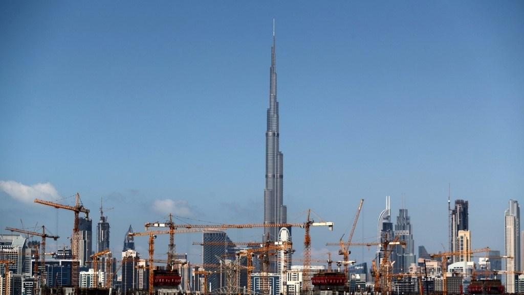 لماذا تفشل الصناعة في الوطن العربي بينما تنجح في الغرب؟