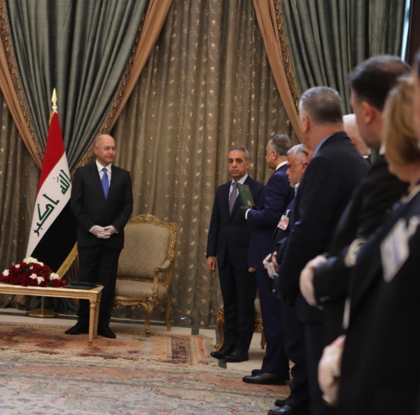 من هو رئيس الحكومة العراقي المكلّف مصطفى الكاظمي؟