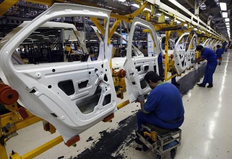 إيران ترفع إنتاجها من السيارات من 900 ألف إلى أكثر من مليون