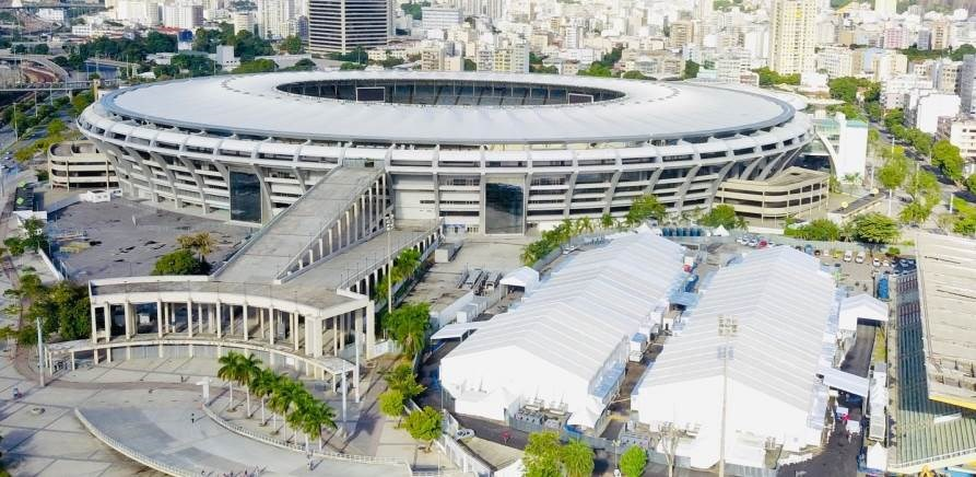 """افتتاح المستشفى المتنقّل في ملعب """"ماراكانا"""""""