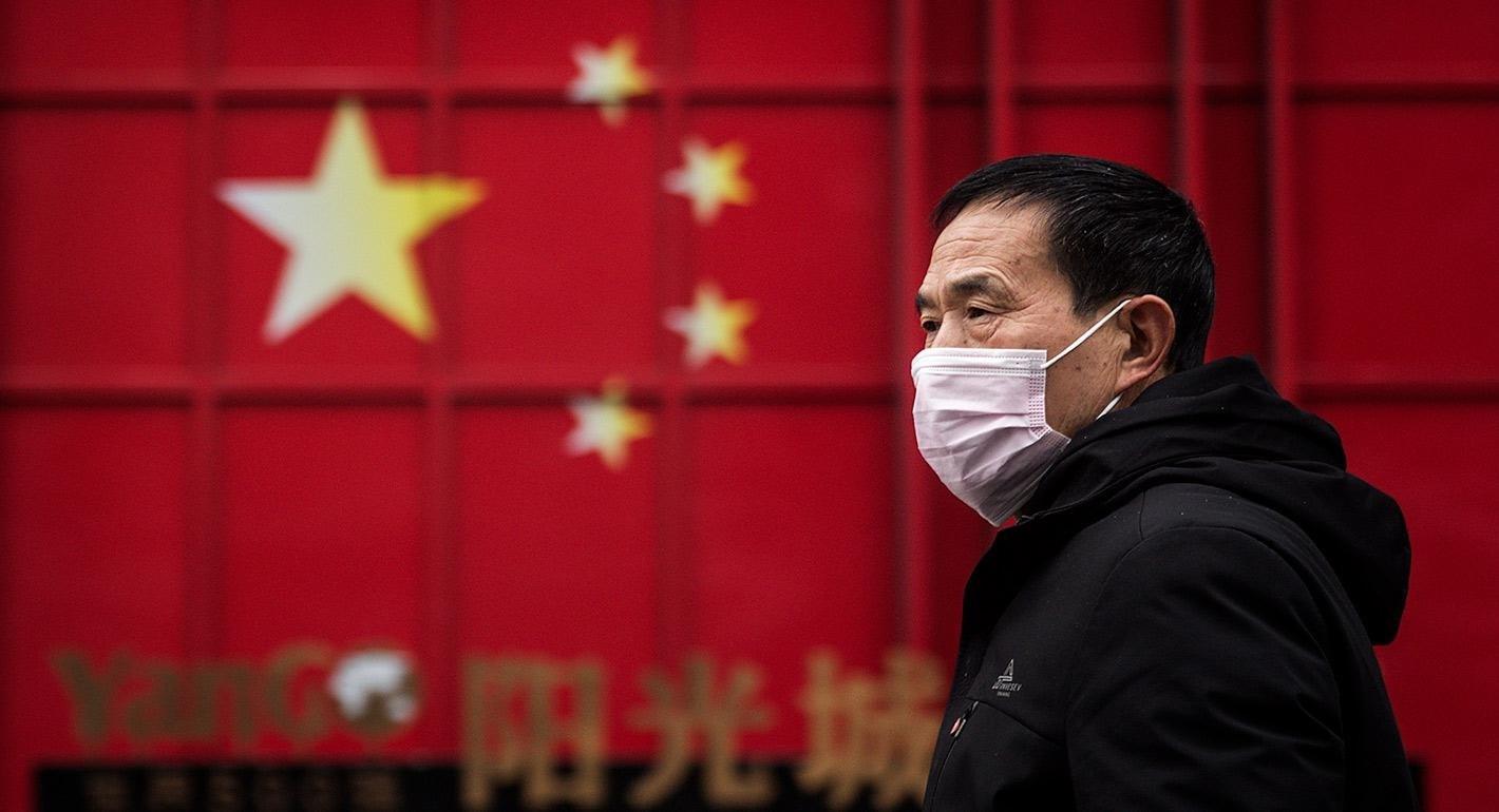 الصين تكذّب الادعاءات الأميركية بشأن فيروس كورونا