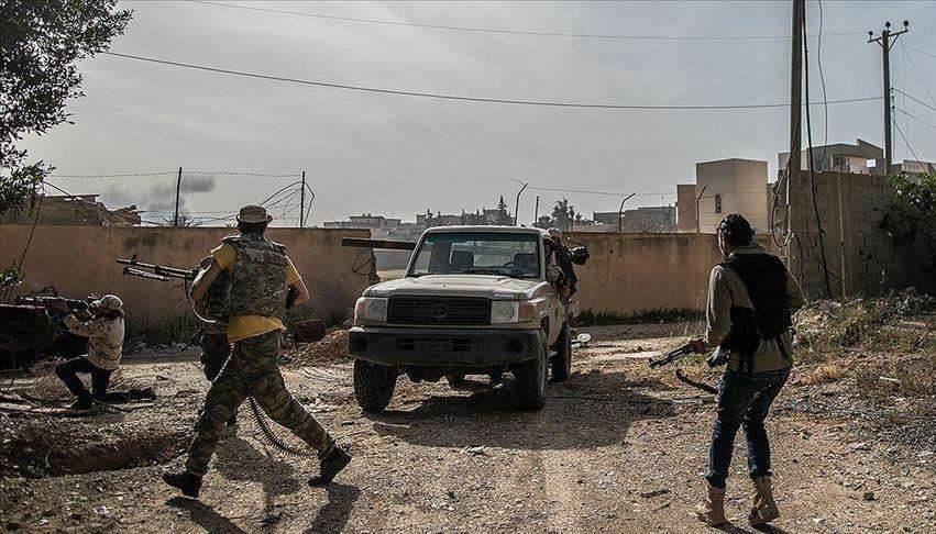 ليبيا: قوات حفتر تقصف العاصمة طرابلس وتقتل مدنيين
