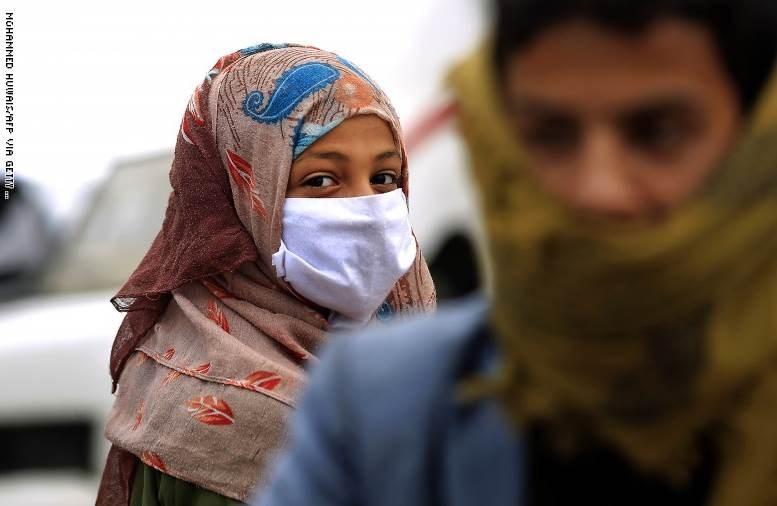"""حكومة هادي تعلن عدن """"مدينة موبوءة"""" ومواجهات عنيفة في أبين"""