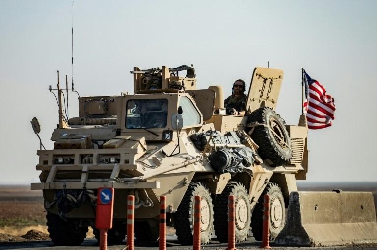 تحت ضغط الأهالي... دورية أميركية تغيّر مسارها في ريف الحسكة