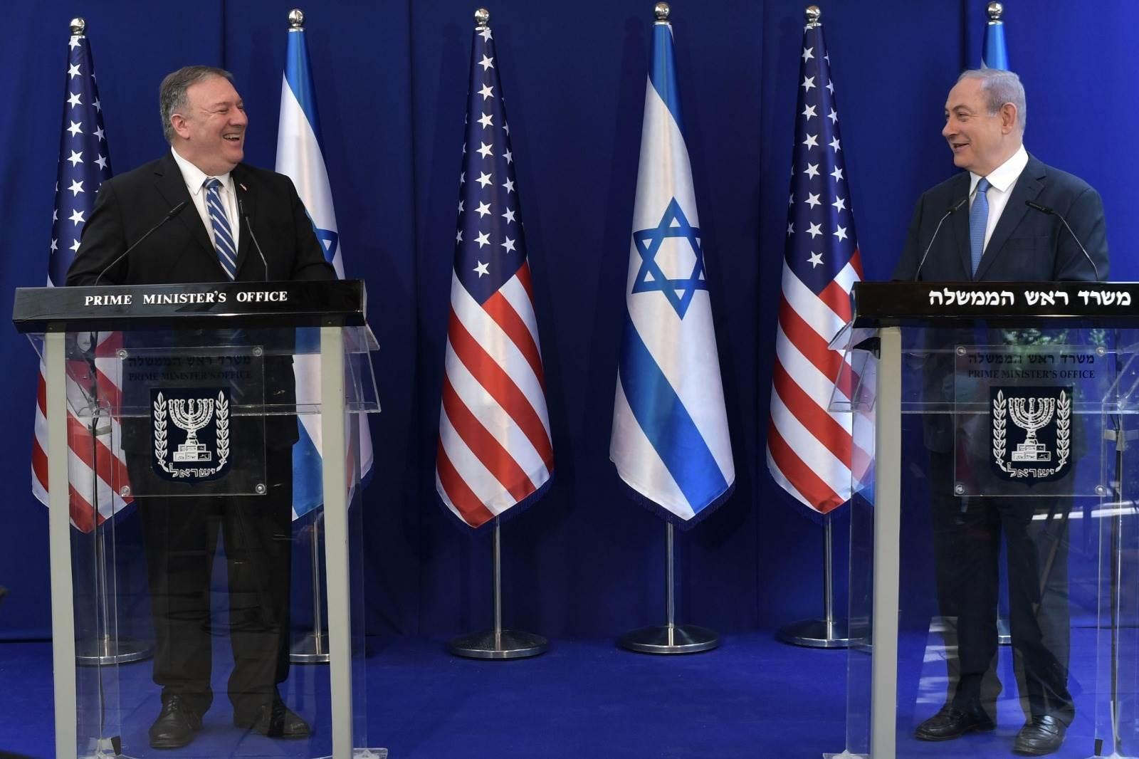 """في زيارة خاطفة.. بومبيو يبحث مع نتنياهو """"صفقة القرن"""" و""""تحجيم إيران"""""""