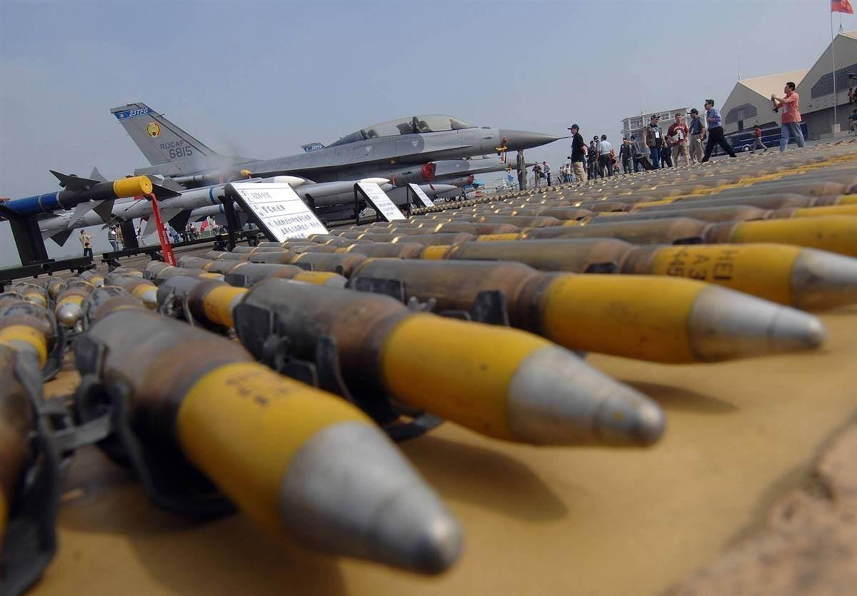 جنوب أفريقيا تعدّل قواعد تصدير السلاح