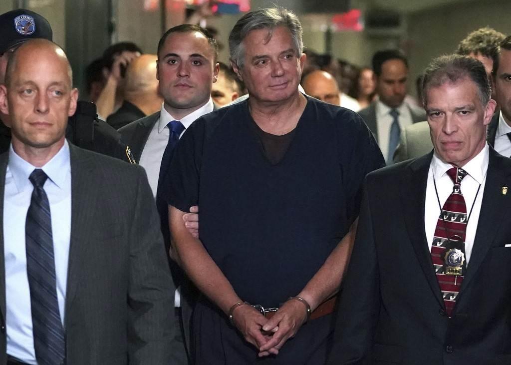 مدير حملة ترامب السابق خارج السجن تجنباً لإصابته بكورونا