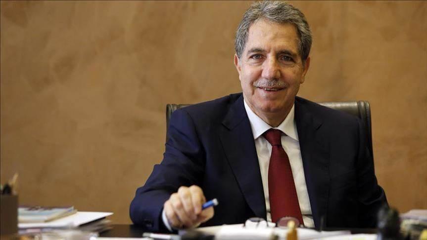 لبنان: سنلبّي طلب صندوق النقد بتعويم الليرة بعد تلقي الدعم الخارجي