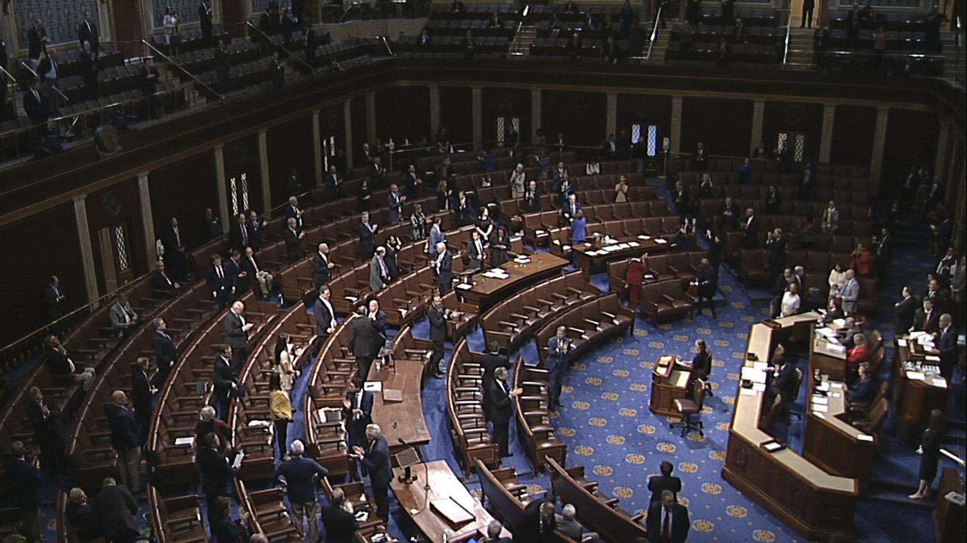 مجلس النواب الأميركي يتبنى خطة إنعاش لمواجهة كورونا