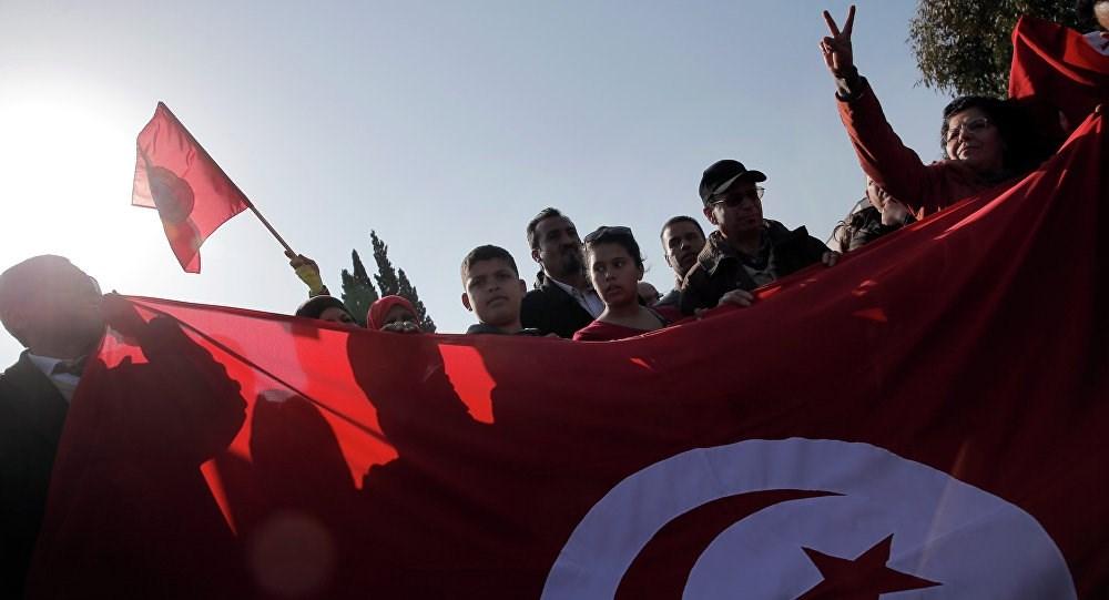 تونس: منظمات وطنية تعترض على قرار الحكومة الأخير