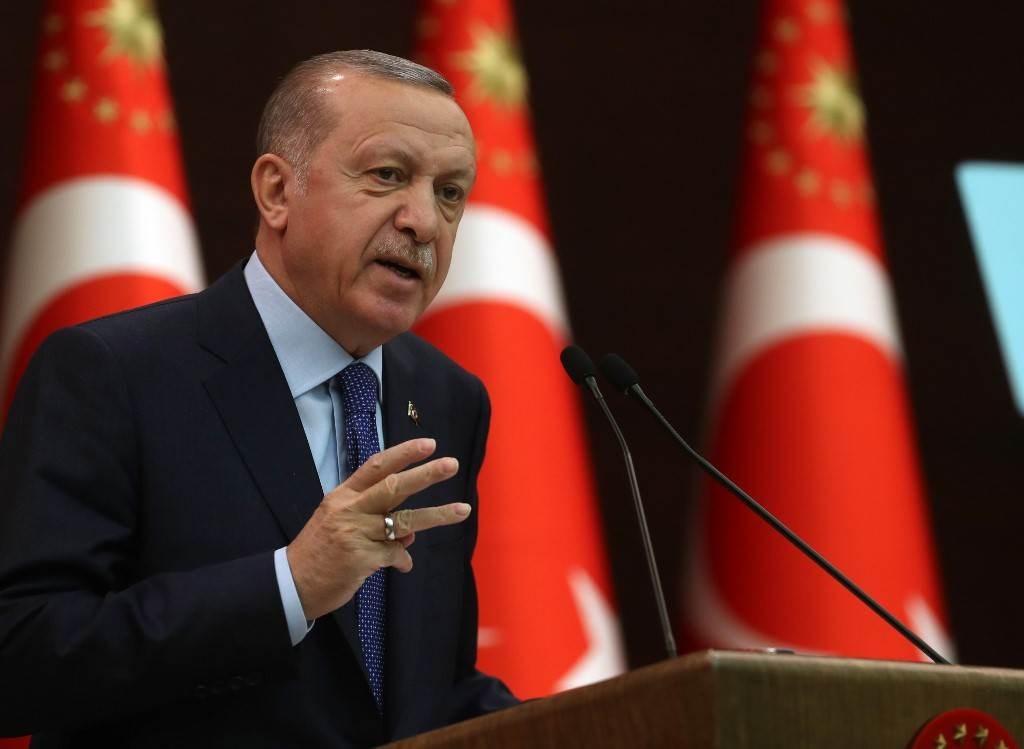 بسبب كورونا.. إردوغان يمدد حظر التجول في البلاد خلال أيام عيد الفطر