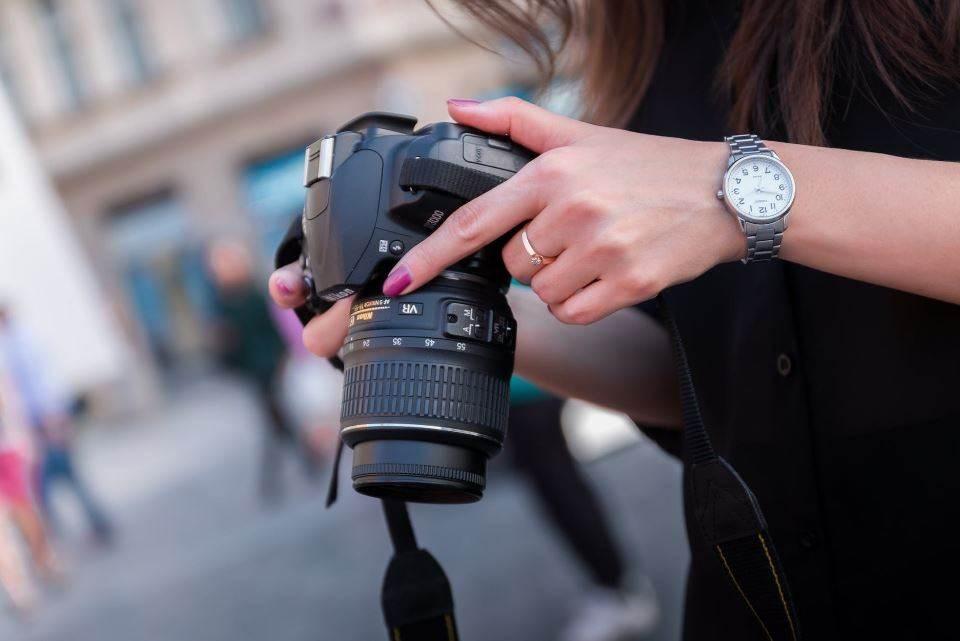 """""""المرأة وكوفيد 19""""..  مسابقة للتصوير الفوتوغرافي في تونس"""