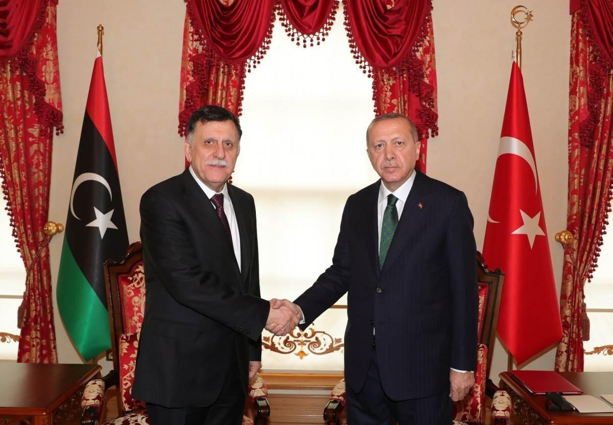 السراج يهاتف أردوغان:  تداعيات الهجوم على  طرابلس