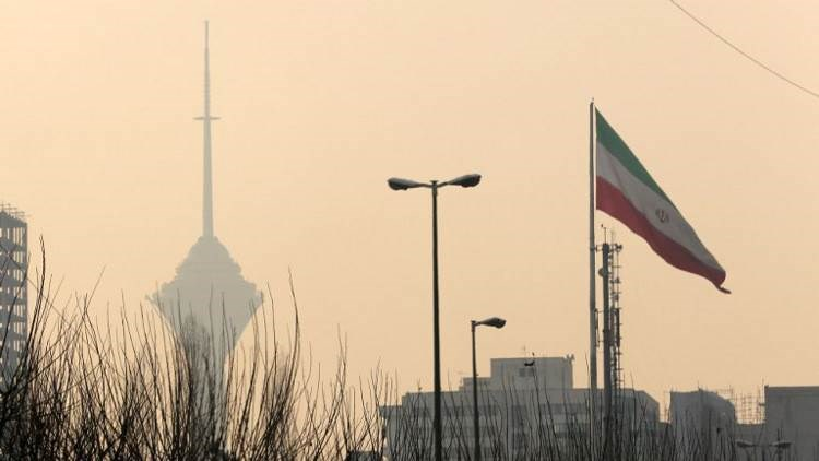 إيران تفرج بشكل نهائي عن 16 ألف سجين بسبب كورونا