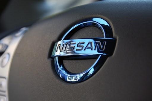"""شركة """"نيسان"""" للسيارات تبدأ بإنتاج الأقنعة الطبية"""