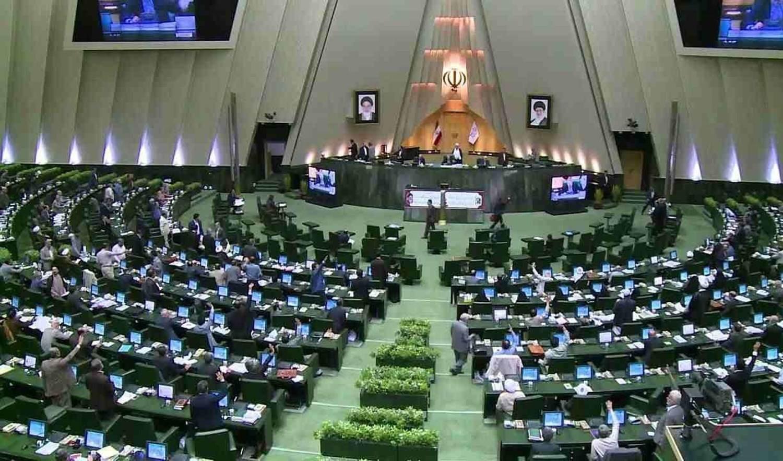 إيران: المصادقة على مشروع قرار مواجهة الإجراءات العدائية الإسرائيلية