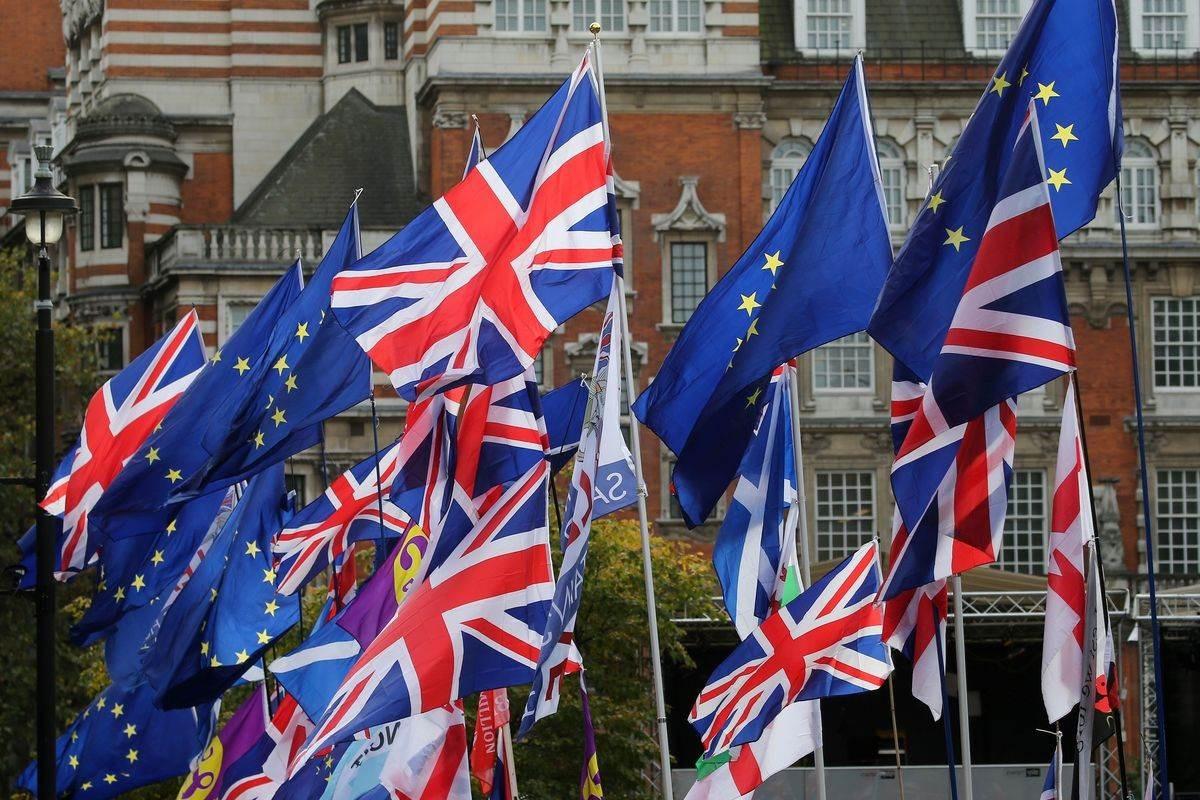 """جدل بين الاتحاد الأوروبي وبريطانيا حول اتفاق """"بريكست"""""""