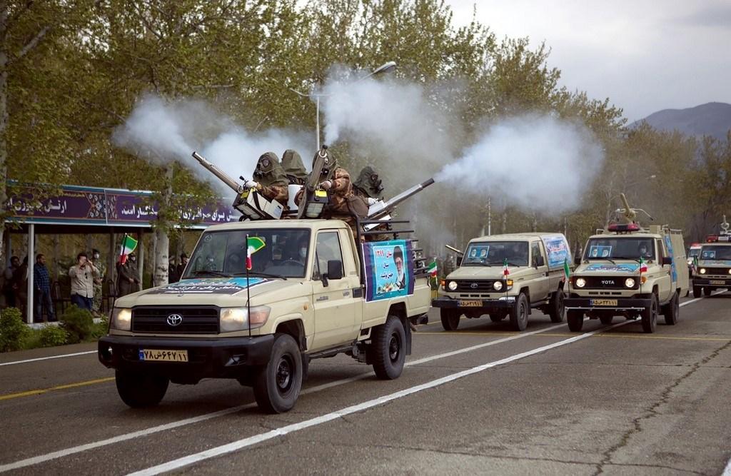الجيش الإيراني مستعد لنقل خبراته في مكافحة كورونا إلى دول المنطقة