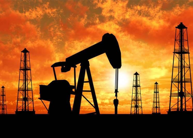 استقرار سعر النفط مع انحسار المخاوف الاقتصادية وتحسن الطلب