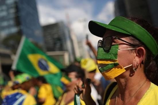في حصيلة قياسية.. البرازيل تسجل أكثر من ألف وفاة بكورونا