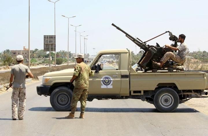 قوات حفتر تعلن تحريك عناصرها بمحاور طرابلس ووقف إطلاق النار