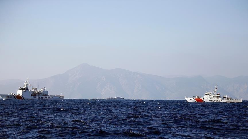 حكومة هادي: فقدان الاتصال بسفينة ركاب كانت متوجهة إلى سقطرى
